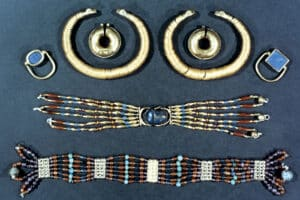 Read more about the article History and culture of Jewellery